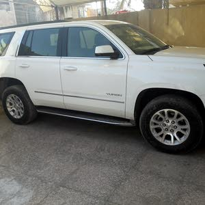 For sale 2018 White Yukon