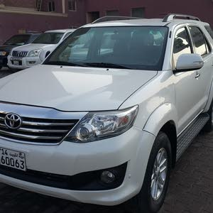 Toyota Fortuner 2015 For sale - White color