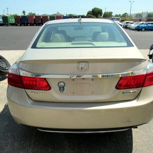 Used condition Honda Accord 2014 with 40,000 - 49,999 km mileage
