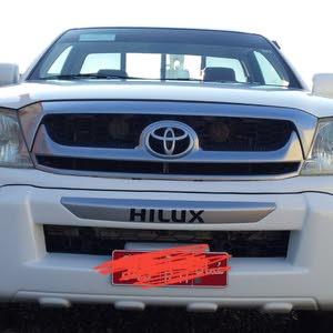 تويوتا هايلوكس 2011 للبيع