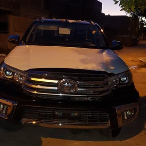 Toyota Hilux 2017 For sale - Black color