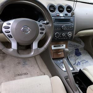 Nissan Altima car for sale 2009 in Kuwait City city