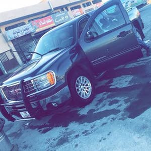 Automatic Grey GMC 2011 for sale