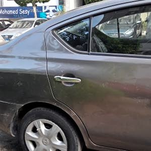Nissan Sunny in Cairo