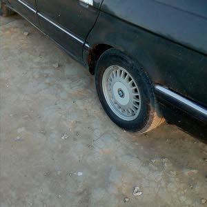 بي أم دبليو703 نظيفة جدان موديل 1990