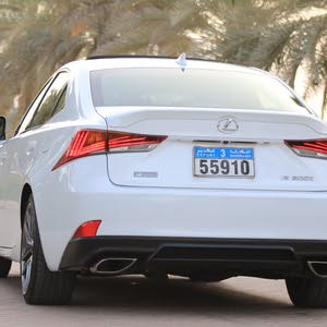 Automatic Lexus 2017 for sale - Used - Muscat city