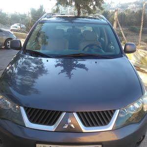 For sale Mitsubishi Outlander car in Amman