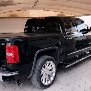 Available for sale!  km mileage GMC Sierra 2014