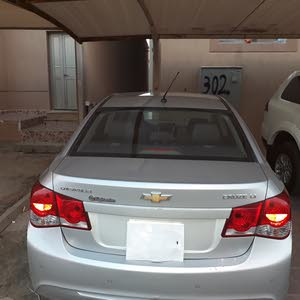 Cruze 2014 good condition 4 cylinder side blind zone alert sensor touch screen . KM 171000