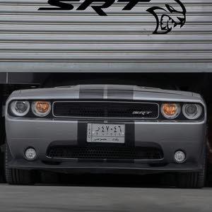 محرك 8 سلندر يعني 6400 حجم المحرك SRT سيارة حيل حيل نظيفه