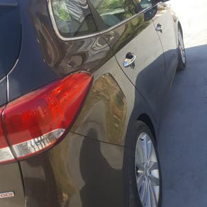 Kia Carens for sale in Damietta