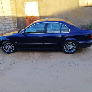 BMW528 فينس