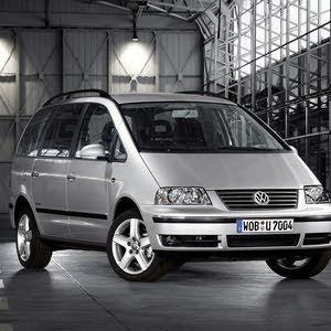 Volkswagen Sharan made in 2008 for sale