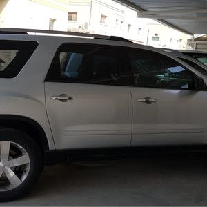 Used condition GMC Acadia 2010 with 170,000 - 179,999 km mileage