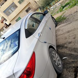 Grey Hyundai Accent 2012 for sale