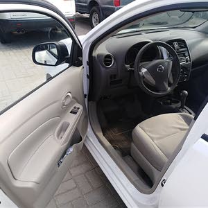 Used condition Nissan Sunny 2016 with 60,000 - 69,999 km mileage