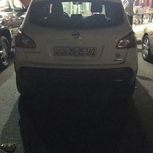 For sale 2012 White Qashqai