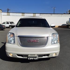 Automatic GMC 2011 for sale - Used - Khamis Mushait city