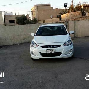 Available for sale! 30,000 - 39,999 km mileage Hyundai Accent 2015