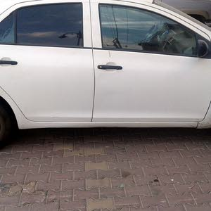 For sale 2010 White Yaris