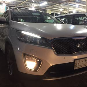 White Kia Sorento 2016 for sale