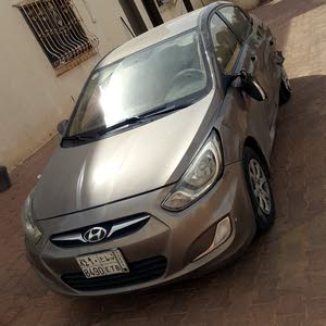 Hyundai Accent car for sale 2011 in Al Riyadh city