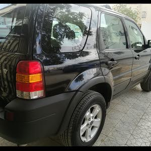 للبيع ford escape 2006