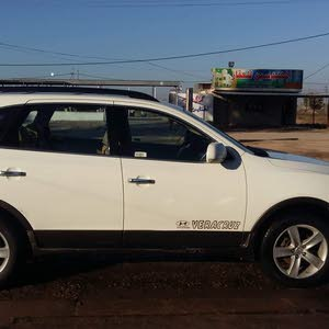 White Hyundai Veracruz 2008 for sale