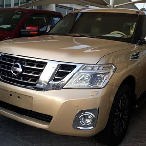 2012 Nissan Patrol Full options platinum Big engine  Gulf specs