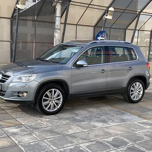 Grey Volkswagen Tiguan 2011 for sale