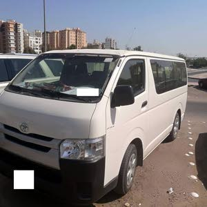 White Toyota Hiace 2015 for sale