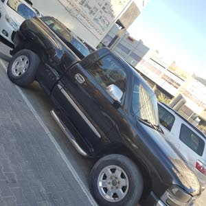Automatic GMC 2005 for sale - Used - Hawally city