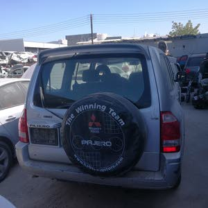 للبيع قطع غيار مستبيشي باجيرو 2006