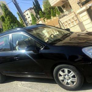 كيا كارينز سيارة عائلية موديل 2007 للبيع بسعر 7500ينار