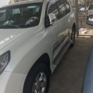Toyota Prado 2010 Prices and Specifications in Iraq