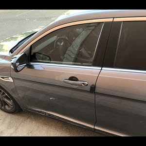 Ford Taurus 2013 For sale - Grey color