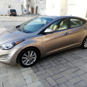 Used condition Hyundai Elantra 2014 with 120,000 - 129,999 km mileage