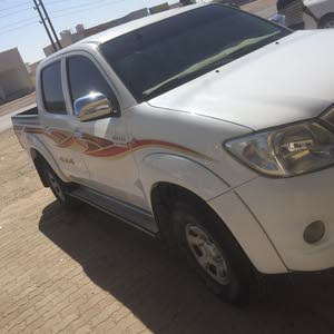 Available for sale!  km mileage Toyota Hilux 2009
