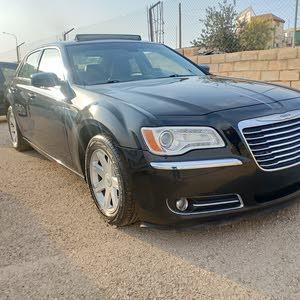 Used Chrysler 300C in Zarqa