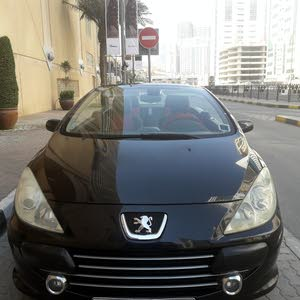 Peugeot 307cc convertible with  hard top roof leather sit in good condition for sale
