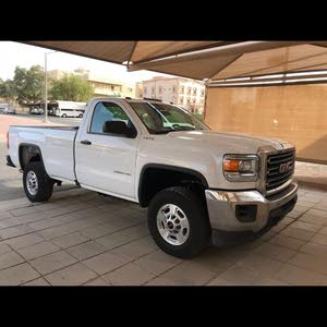 Available for sale!  km mileage GMC Sierra 2017