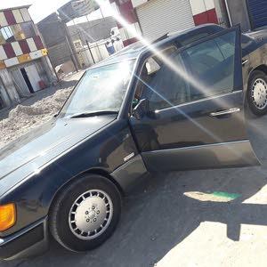 مرسيدس E300 موديل 1991