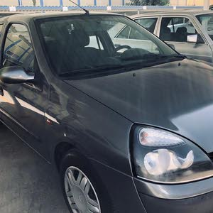 Automatic Renault Clio for sale
