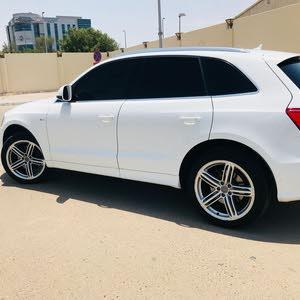 Audi Q5 2017 for sale in Al Ain