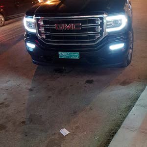 Used condition GMC Sierra 2016 with 1 - 9,999 km mileage