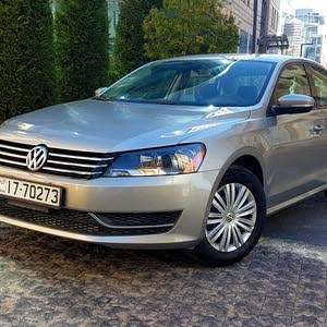 Automatic Volkswagen 2015 for sale - Used - Amman city