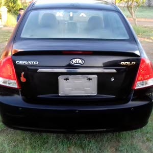 Used Kia Cerato for sale in Tripoli