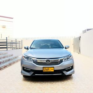 Honda Accord car for sale 2017 in Al Masn'a city