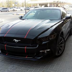 Used Ford Mustang for sale in Sharjah