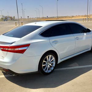 Gasoline Fuel/Power   Toyota Avalon 2013